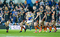 Picture by Allan McKenzie/SWpix.com - 23/03/2018 - Rugby League - Betfred Super League - Leeds Rhinos v Castleford Tigers - Elland Road, Leeds, England - Castleford leave the field after their first half points haul against Leeds.
