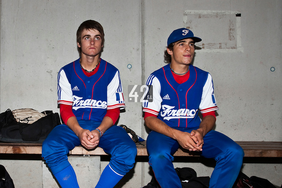 Baseball - 2009 European Championship Juniors (under 18 years old) - Bonn (Germany) - 08/08/2009 - Day 6 - Simon Vicente (France), Andy Pitcher (France)