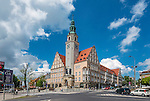 Nowy Ratusz w Olsztynie przy palcu Jana Pawła II w centrum miasta.