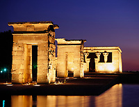 Spanien, Madrid: Templo de Debod, abends | Spain, Madrid: Templo de Debod at night