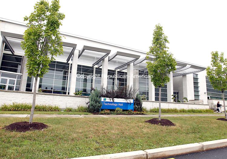 Waterbury, CT-23 July 2012-072312CM06-  Technology Hall at Naugatuck Valley Community College Monday morning in Waterbury.  Christopher Massa Republican-American