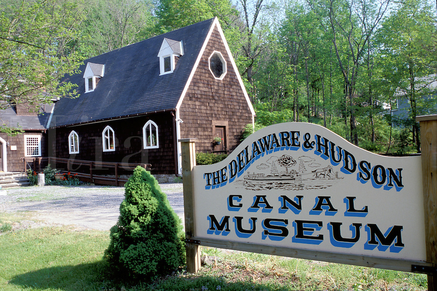 canal, High Falls, New York, Delaware & Hudson Canal Museum