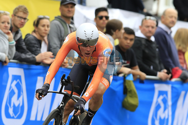 Dylan Van Baarle (NED) in action during the Men Elite Individual Time Trial of the UCI World Championships 2019 running 54km from Northallerton to Harrogate, England. 25th September 2019.<br /> Picture: Eoin Clarke | Cyclefile<br /> <br /> All photos usage must carry mandatory copyright credit (© Cyclefile | Eoin Clarke)