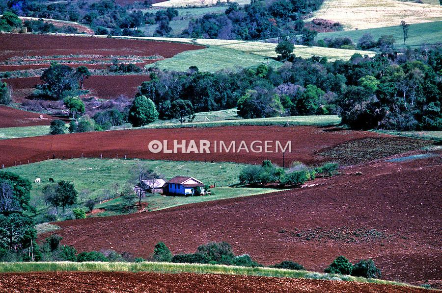 Fazenda no interior do Rio Grande do Sul. 2002. Foto de Ricardo Azoury.