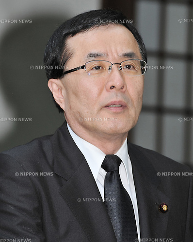 August 15, 2012, Tokyo, Japan - Japan's Parliamentary Vice-Minister for Foreign Affairs, Kazuyuki Hamada visits Yasukuni Shrine to pay his respects for the war dead on August 15, 2012 in Tokyo, Japan. (Photo by AFLO)