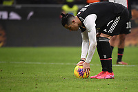 Cristiano Ronaldo of Juventus prepares to shoot a penalty <br /> Milano 13/02/2020 Stadio San Siro <br /> Football Italy Cup 2019/2020 <br /> AC Milan - Juventus FC <br /> Photo Federico Tardito / Insidefoto
