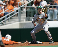 Baylor 1B Adam Hornung catches a pick off attempt against Texas on May 3rd, 2008. Photo by Andrew Woolley / Four Seam Images.