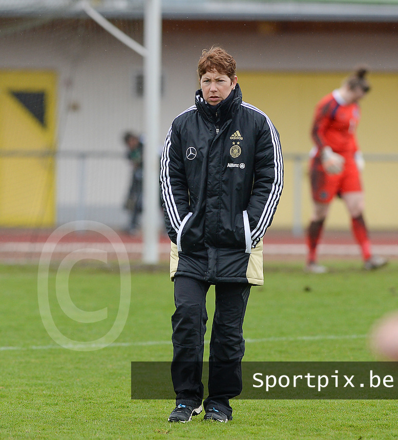 20150404 - FORST , GERMANY  : German coach Maren Meinert  pictured during the soccer match between Women Under 19 teams of Germany and Scotland , on the first matchday in group 5 of the UEFA Elite Round Women Under 19 at WaldseeStadion , Forst , Germany . Saturday 4th April 2015 . PHOTO DAVID CATRY