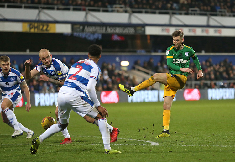 Preston North End's Paul Gallagher with a second half shot<br /> <br /> Photographer Rob Newell/CameraSport<br /> <br /> The EFL Sky Bet Championship - Queens Park Rangers v Preston North End - Saturday 19 January 2019 - Loftus Road - London<br /> <br /> World Copyright &copy; 2019 CameraSport. All rights reserved. 43 Linden Ave. Countesthorpe. Leicester. England. LE8 5PG - Tel: +44 (0) 116 277 4147 - admin@camerasport.com - www.camerasport.com