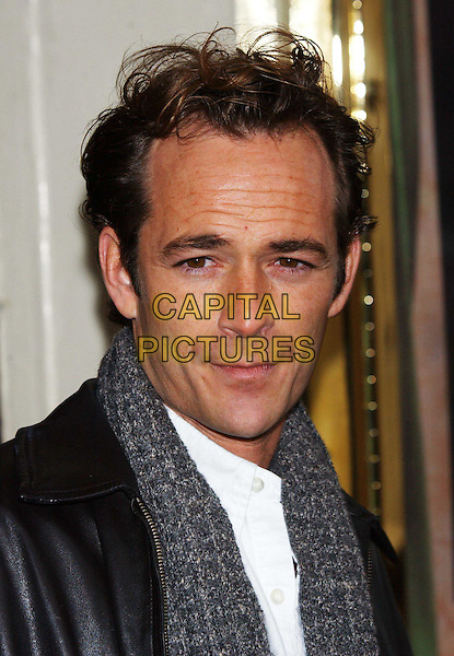 LUKE PERRY .When Harry Met Sally photocall, Theatre Royal, Haymarket.8 January 2004.headshot, portrait.www.capitalpictures.com.sales@capitalpictures.com.©Capital Pictures