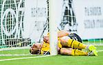 Stockholm 2015-08-09 Fotboll Allsvenskan Hammarby IF - IF Elfsborg :  <br /> Elfsborgs Jon J&ouml;nsson har skadat sig vid ena stolpen p&aring; m&aring;lburen under den andra halvleken av matchen mellan Hammarby IF och IF Elfsborg <br /> (Foto: Kenta J&ouml;nsson) Nyckelord:  Fotboll Allsvenskan Tele2 Arena Hammarby HIF Bajen Elfsborg IFE skada skadan ont sm&auml;rta injury pain depp besviken besvikelse sorg ledsen deppig nedst&auml;md uppgiven sad disappointment disappointed dejected