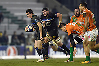 Freddie Burns of Bath Rugby goes on the attack. European Rugby Champions Cup match, between Benetton Rugby and Bath Rugby on January 20, 2018 at the Municipal Stadium of Monigo in Treviso, Italy. Photo by: Patrick Khachfe / Onside Images