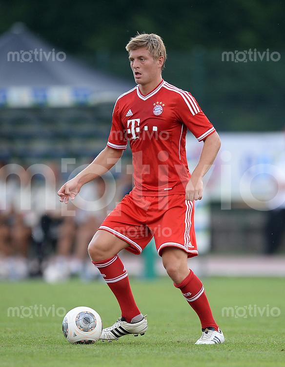 FUSSBALL  1. Bundesliga   2013/2014   Testspiel  FC Bayern Muenchen - Brescia Calcio      09.07.2013 Toni Kroos (FC Bayern Muenchen) am Ball