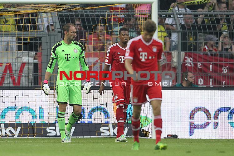27.07.2013, Signal Iduna Park, Dortmund, GER, 1. FBL, SuperCup, Borussia Dortmund vs FC Bayern M&uuml;nchen, im Bild<br /> Tom Starke (Torwart Muenchen) entaeuscht / ent&auml;uscht / traurig, Jerome Boateng (Muenchen #17), Thomas M&uuml;ller / Mueller (Muenchen #25)<br /> <br /> Foto &copy; nph / Mueller