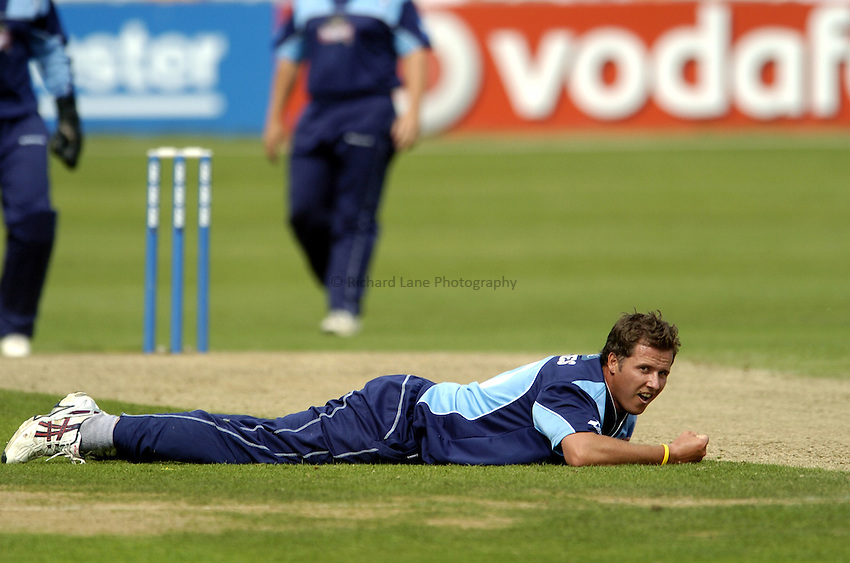 Photo: Olly Greenwood..Essex CCC v Gloucestershire CCC. Cheltenham & Gloucester Trophy. 11/06/2006. .Gloucestershire's Mark Hardinges looks on as Essex get another four runs.