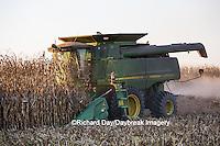 63801-06707 John Deere combine harvesting corn, Marion Co., IL