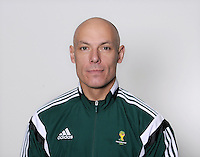 FUSSBALL Fototermin FIFA WM Schiedsrichter  09.04.2014 Howard WEBB (England)