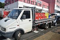 CAMPINAS,SP, 25.05.2015 - CRIME-SP - Policia Militar apreende um caminhão com cargas de bebidas Rua Regente Feijó, o caso foi registrado no 1º distrito policial na cidade de Campinas no interior de São Paulo nesta segunda-feira, 25. (Foto: Eduardo Carmim / Brazil Photo Press)