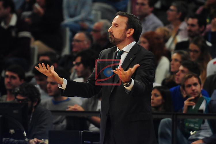 League ACB-Endesa 2014/2015 - Game: 06.<br /> FIATC Joventut vs Unicaja: 82-74.<br /> Joan Plaza.