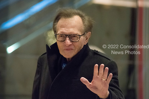 Television and radio host Larry King is seen in the lobby of Trump Tower in New York, NY, USA on December 1, 2016. <br /> Credit: Albin Lohr-Jones / Pool via CNP