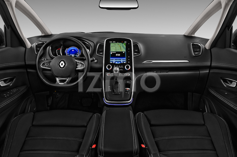 Stock photo of straight dashboard view of 2017 Renault Grand-Scenic Bose-Edition 5 Door Minivan Dashboard