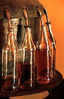 """Cuba/La Havane: """"Muséo de Ron"""" Musée du rhum Calle San Pedro - La mise en bouteille"""