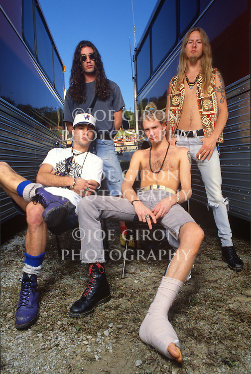 Various portraits & live photographs of the rock band, Alice in Chains.