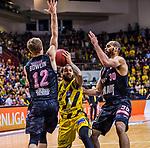 Jordan CRAWFORD (#1 MHP Riesen Ludwigsburg) \Skyler BOWLIN (#12 S.Oliver Baskets Wuerzburg) \Perry ELLIS (#30 S.Oliver Baskets Wuerzburg) \ beim Spiel in der BBL, MHP Riesen Ludwigsburg - S.Oliver Baskets Wuerzburg.<br /> <br /> Foto &copy; PIX-Sportfotos *** Foto ist honorarpflichtig! *** Auf Anfrage in hoeherer Qualitaet/Aufloesung. Belegexemplar erbeten. Veroeffentlichung ausschliesslich fuer journalistisch-publizistische Zwecke. For editorial use only.