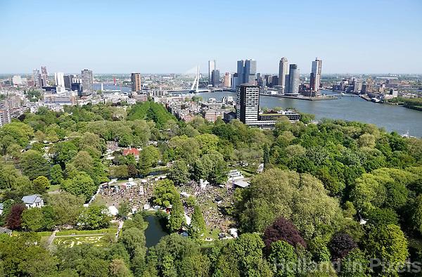 Nederland Rotterdam  2018.  Rotterdam gezien vanaf de Euromast. Op de voorgrond Het Park.  Foto Berlinda van Dam / Hollandse Hoogte