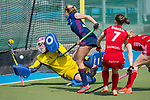 GER - Mannheim, Germany, April 15: During the field hockey 1. Bundesliga match between Mannheimer HC (blue) and Rot-Weiss Koeln (red) on April 15, 2018 at Am Neckarkanal in Mannheim, Germany. Final score 2-1.  Greta Lyer #10 of Mannheimer HC, Julia Ciupka #1 of Rot-Weiss Koeln<br /> <br /> Foto &copy; PIX-Sportfotos *** Foto ist honorarpflichtig! *** Auf Anfrage in hoeherer Qualitaet/Aufloesung. Belegexemplar erbeten. Veroeffentlichung ausschliesslich fuer journalistisch-publizistische Zwecke. For editorial use only.