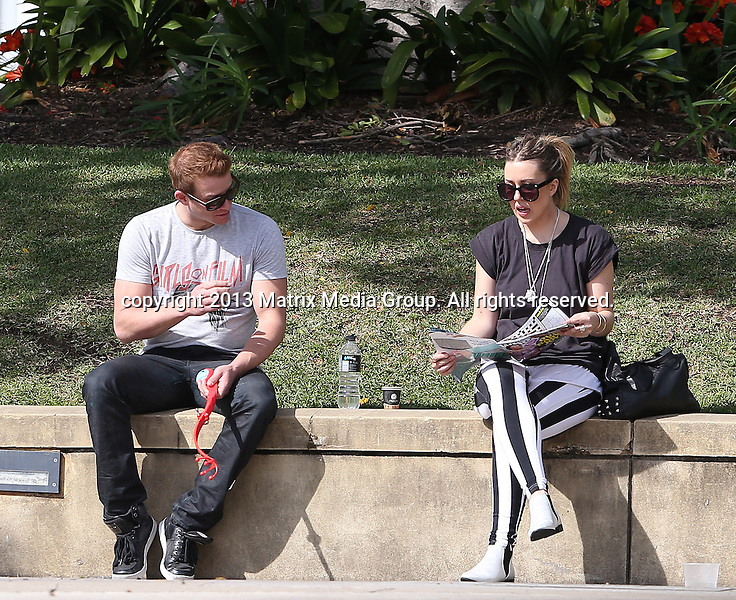 17 SEPTEMBER 2013 SYDNEY AUSTRALIA<br /> <br /> EXCLUSIVE PICTURES<br /> <br /> Luke Jacobs pictured with his current squeeze enjoying a lunch break at Fox Studios.<br /> <br /> *No internet without clearance*<br /> MUST CALL PRIOR TO USE .<br /> +61 2 9211-1088<br /> Matrix Media Group<br /> Note: All editorial images subject to the following: For editorial use only. Additional clearance required for commercial, wireless, internet or promotional use.Images may not be altered or modified. Matrix Media Group makes no representations or warranties regarding names, trademarks or logos appearing in the images.