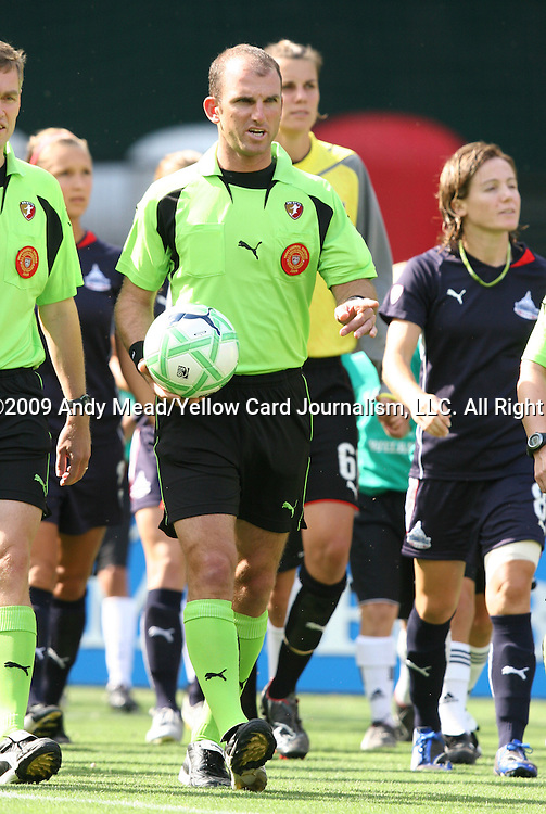 18 July 2009: Referee Ted Unkel. The Washington Freedom defeated Saint Louis Athletica 1-0 at the RFK Stadium in Washington, DC in a regular season Women's Professional Soccer game.