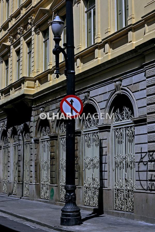 Edificio antigo no centro da cidade. Sao Paulo. 2014. Foto de Juca Martins.