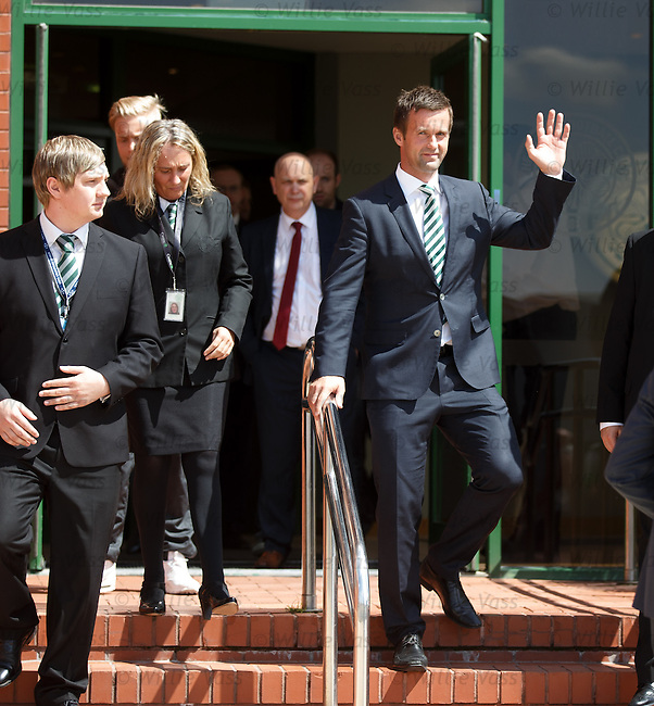 Ronny Deila on the front steps of Celtic Park