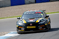 Round 8 of the 2018 British Touring Car Championship.  #25 Matt Neal. Halfords Yuasa Racing. Honda Civic Type R.