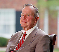 George H.W. Bush at PRIVATE CEREMONY TO DEDICATE THE NEW BILLY GRAHAM LIBRARY IN CHARLOTTE , NC  05-31-2007.PHOTO BY JONATHAN GREEN