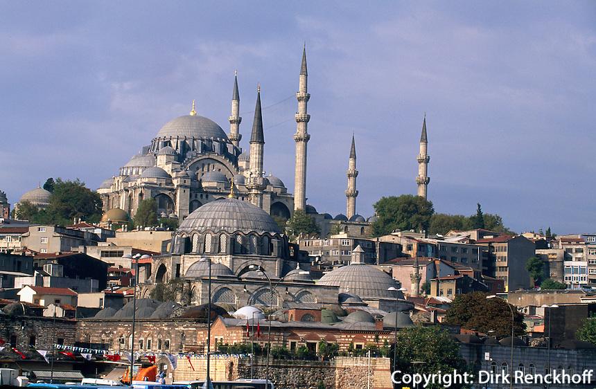 Türkei, Süleymanye Camii (Moschee) und Rüstem Pascha Camii in Istanbul, erbaut 1550/1557 bzw 1560 von Sinan, Unesco-Weltkulturerbe