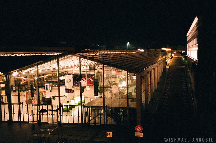Gare du Nord at night