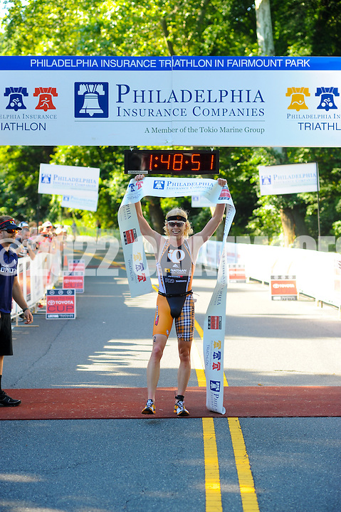 PHILADELPHIA, PA - JUNE 24: Athletes participate in the 2012 Philadelphia Triathlon June 24, 2012 in Philadelphia, Pennsylvania at the Philadelphia Triathlon. (Photo by William Thomas Cain/Cain Images for The Philadelphia Triathlon)