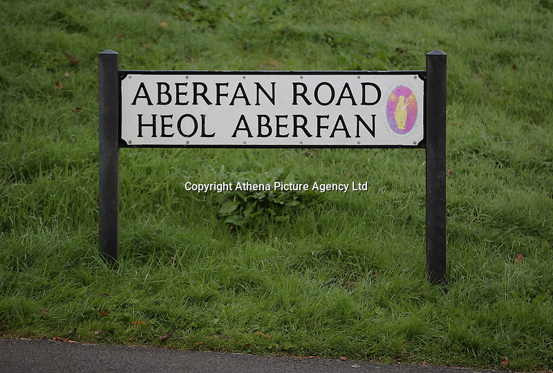 Pictured: Aberfan Road in Aberfan. Friday 21 October 2016<br />