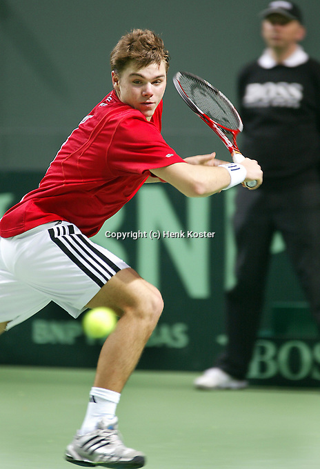 04-03-2006,Swiss,Freibourgh, Davis Cup , Swiss-Netherlands,  Stanislas Warinka in action against Peter Wessels