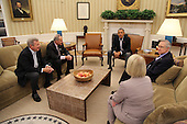 President Barack Obama meets in the Oval Office with Senate Democratic leaders in Washington, Saturday, Oct. 12, 2013. Clockwise from left are Dick Durbin (D-IL), Chuck Schumer (D-NY), the president, Harry Reid (D-NV), and Patty Murray (D-WA).United States President Barack Obama meets in the Oval Office with Senate Democratic Leaders in Washington, D.C. Saturday, October 12, 2013. Clockwise from left are U.S. Senator Dick Durbin (Democrat of Illinois), U.S. Senator Chuck Schumer (Democrat of New York), the President, U.S. Senate Majority Leader Harry Reid (Democrat of Nevada), and U.S. Senator Patty Murray (Democrat of Washington).<br /> Credit: Martin Simon / Pool via CNP
