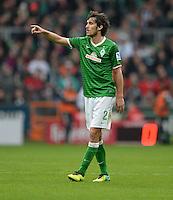FUSSBALL   1. BUNDESLIGA   SAISON 2013/2014   9. SPIELTAG SV Werder Bremen - SC Freiburg                           19.10.2013 Santiago Garcia (SV Werder Bremen)