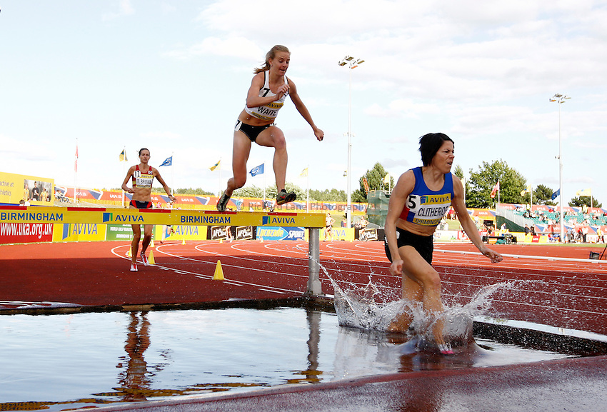 Photo: Richard Lane/Richard Lane Photography..Aviva World Trials & UK Championships athletics. 12/07/2009. Helen Clitheroe leads the women's 3000m steeplechase.