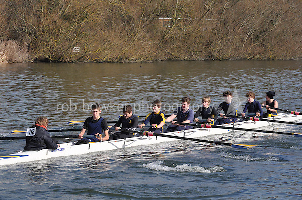 118 J15A.8+ Reading Blue Coat Sch B..Reading University Boat Club Head of the River 2012. Eights only. 4.6Km downstream on the Thames form Dreadnaught Reach and Pipers Island, Reading. Saturday 25 February 2012.