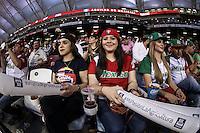 Fanáticos se dan cita para el juego estelar de esta noche Mexico vs Cuba, durante el segundo partido semifinal de la Serie del Caribe en el nuevo Estadio de  los Tomateros en Culiacan, Mexico, Lunes 6 Feb 2017. Foto: AP/Luis Gutierrez