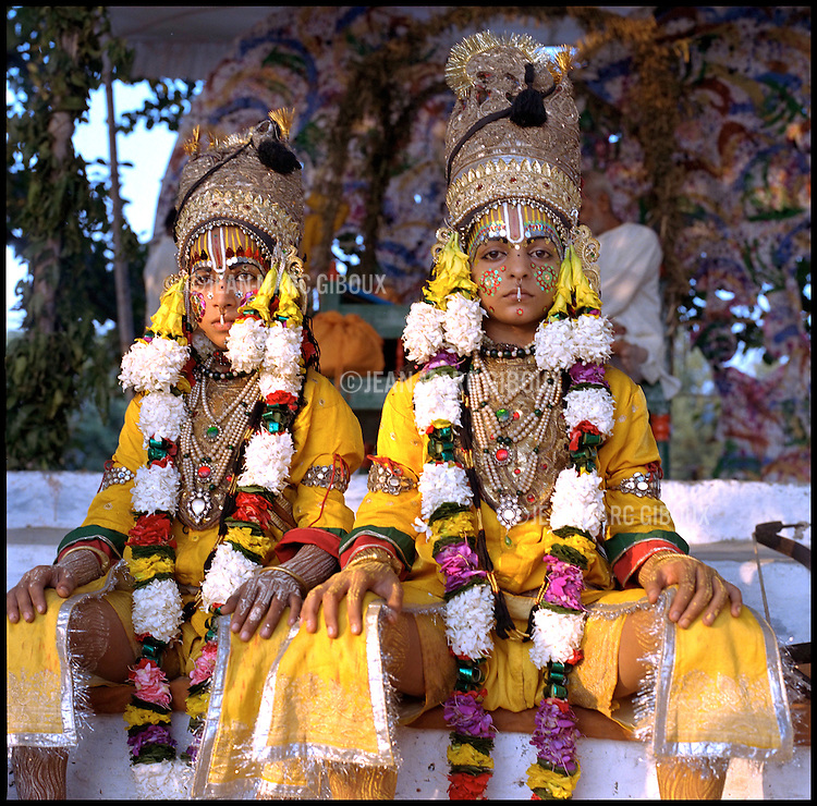 .RAMNAGAR, UTTAR PRADESH, INDIA - OCTOBER 2, 2005 : The Gods Ram and his brother Laxshman are portrayed by young pre-adolescent boys from Ramnagar for the Ramlila play, in Ramnagar, October 2, 2005. The Ramlila is the play of the Hindu scripture 'the Ramayana' which depict the adventures of the god Ram and his flight aginst the Demon God Ravana. The Ramlila of Ramnagar has been organized by the Maharaja of Benares since the early 1800s and is still the most authentic, a reference to other Ramlilas. The It last for 31 days over a 10 square mile area and is still the largest play to be produced in the world .(Photo by Jean-Marc Giboux)