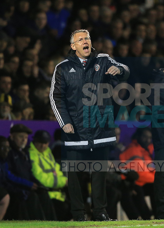 Sheffield United's Nigel Adkins looks on dejected during the League One match at Roots Hall Stadium.  Photo credit should read: David Klein/Sportimage