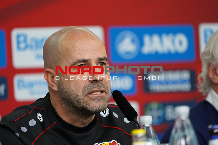04.01.2019, BayArena, Leverkusen, GER, 1. FBL,  Bayer 04 Leverkusen PK Trainerwechsel,<br />  <br /> DFL regulations prohibit any use of photographs as image sequences and/or quasi-video<br /> <br /> im Bild / picture shows: <br /> erste Pressekonferenz von Peter Bosz Trainer / Headcoach (Bayer 04 Leverkusen), r<br /> Foto © nordphoto / Meuter
