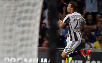 Calcio, Serie A: Inter vs Juventus. Milano, stadio San Siro, 18 settembre 2016.<br /> Juventus&rsquo; Stephan Lichsteiner celebrates after scoring during the Italian Serie A football match between FC Inter and Juventus at Milan's San Siro stadium, 18 September 2016.<br /> UPDATE IMAGES PRESS/Isabella Bonotto